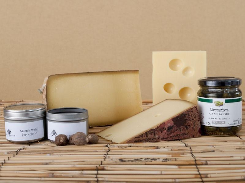 Formaggio Kitchen's fondue kit